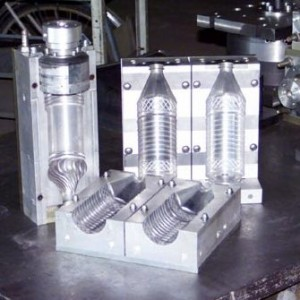 plastics-container-molds
